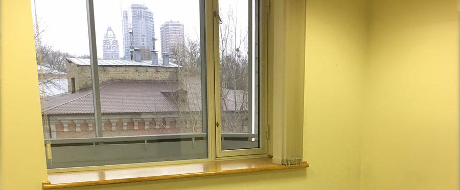 Оренда приміщень в бізнес центрі на 2 поверсі площею 155 кв м