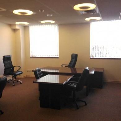 Аренда офиса в бизнес центре 365 кв м